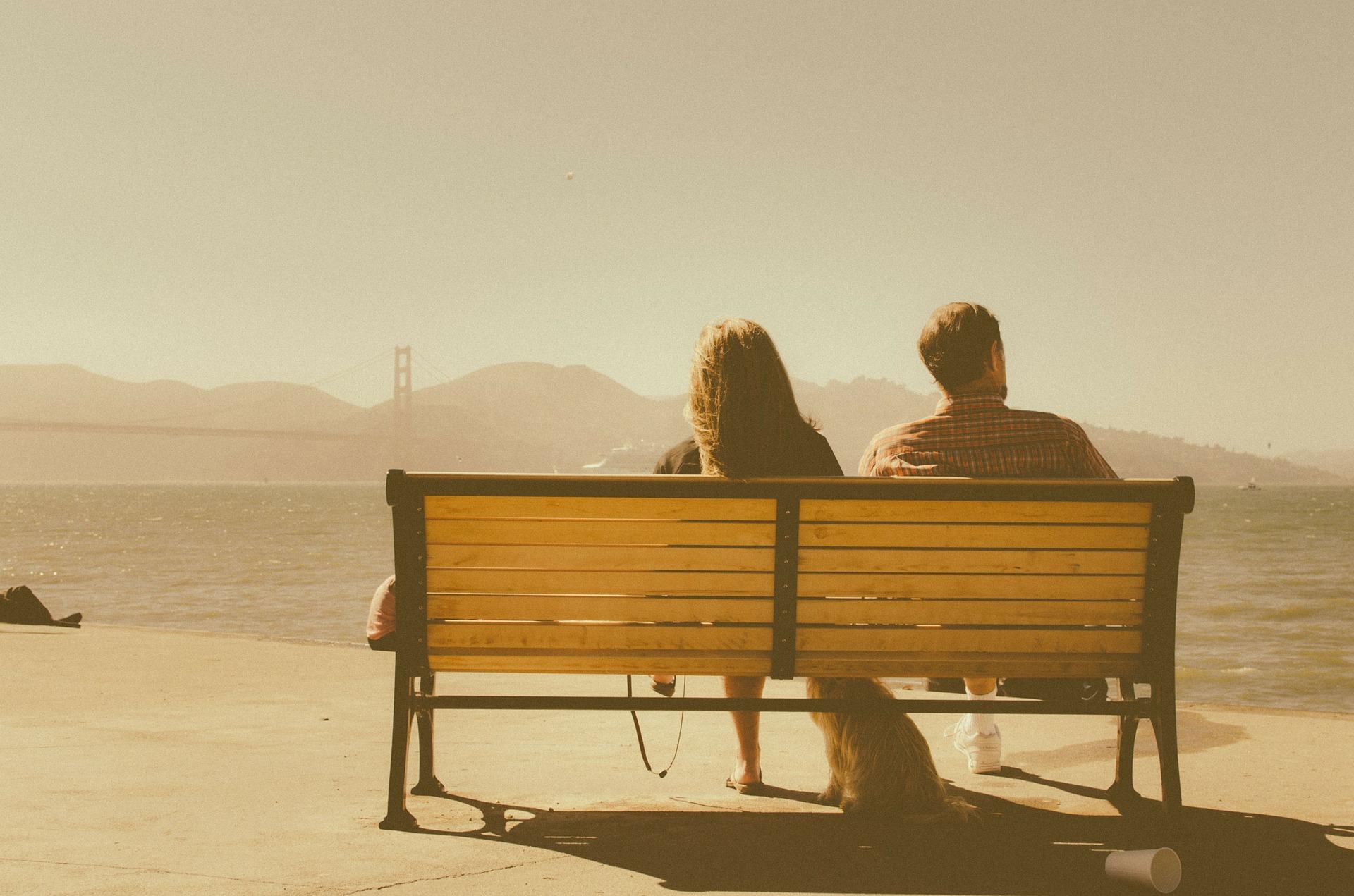 couple-336655_1920